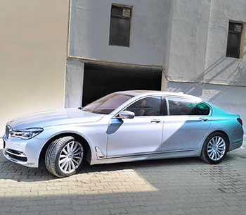 BMW 7 series side view