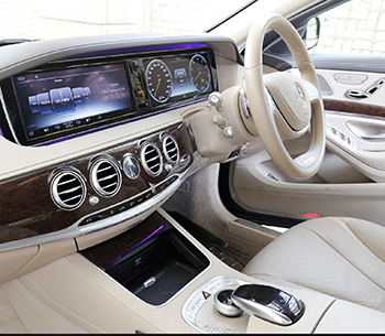 Mercedes S Class 500 front interior
