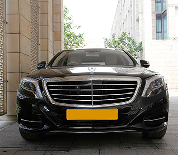 Mercedes S Class 500 front view