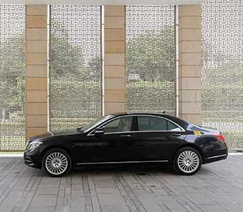 Mercedes S Class 500 side view