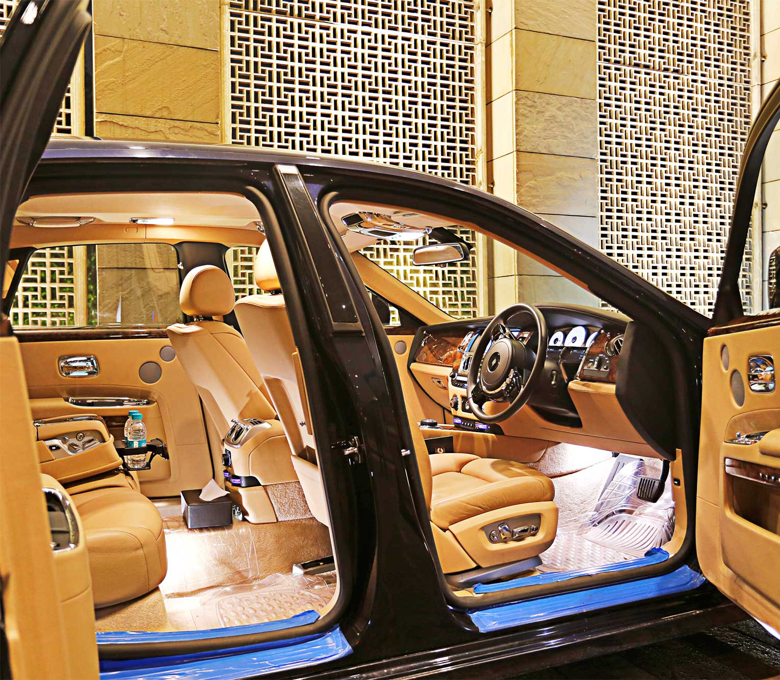 Rolls Royce Ghost 2 full interior view