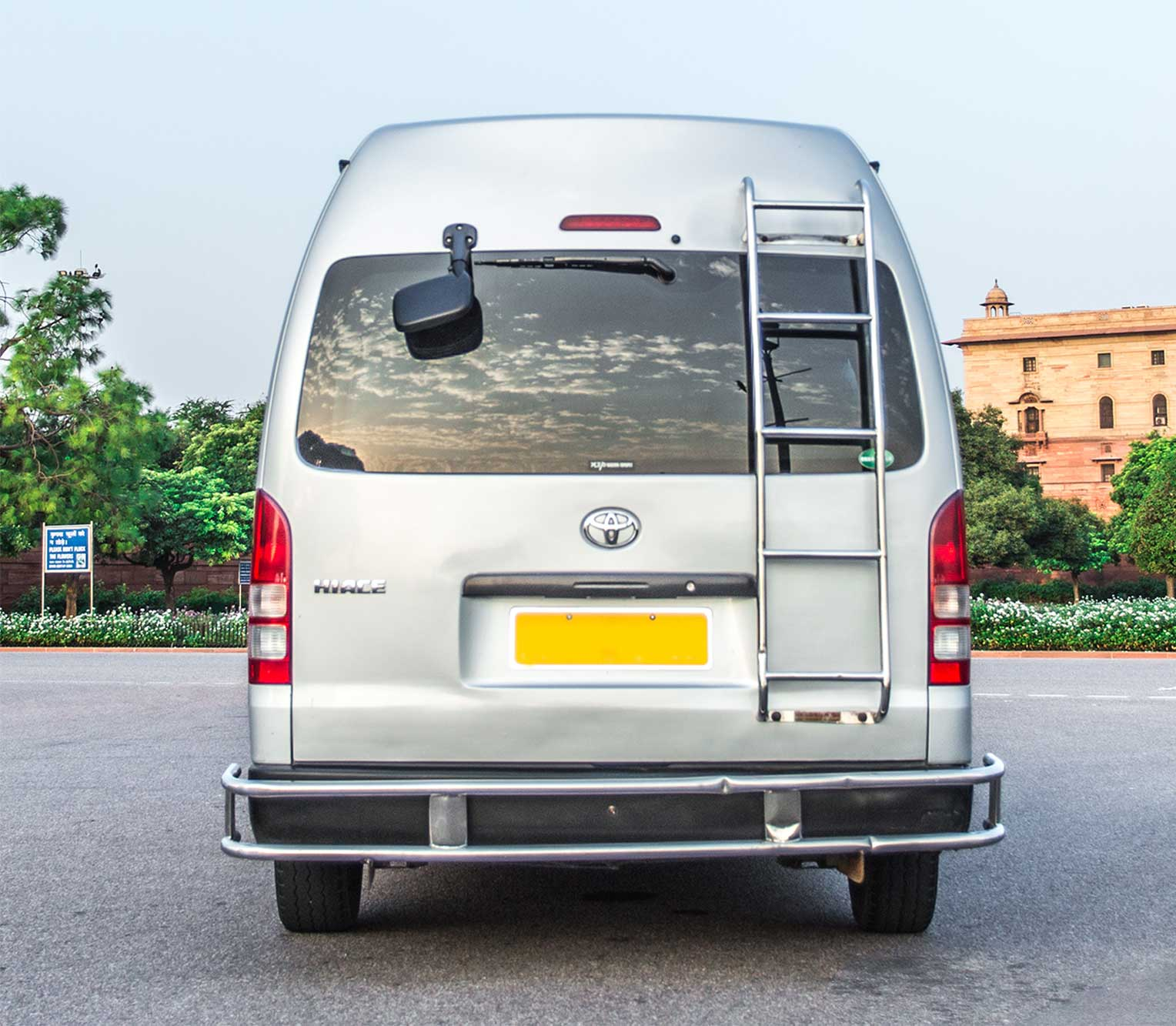 Toyota Hiace rear view